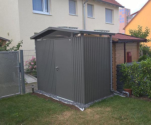 Biohort Gartenhaus Gerätehaus Panorama aus Metall