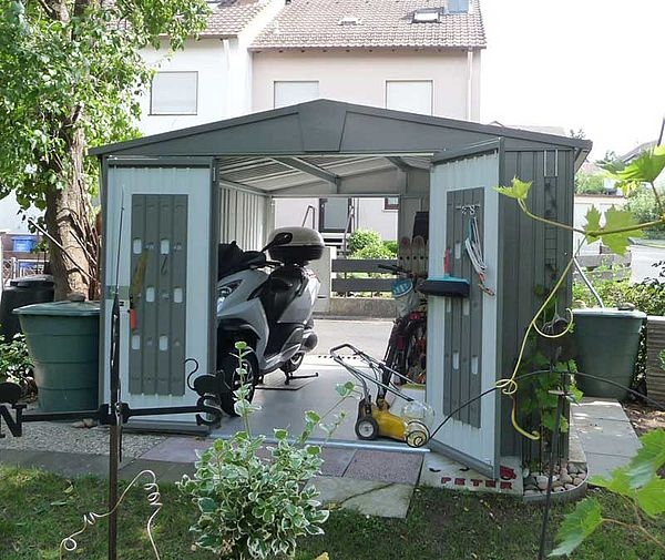 Biohort Gartenhaus Europa Groesse 7 quarzgrau-metallic Geraetehaus