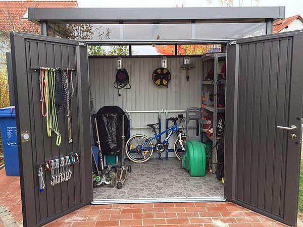 Biohort Gartenhaus HighLine dunkelgrau-metallic - Geraetehaus offen