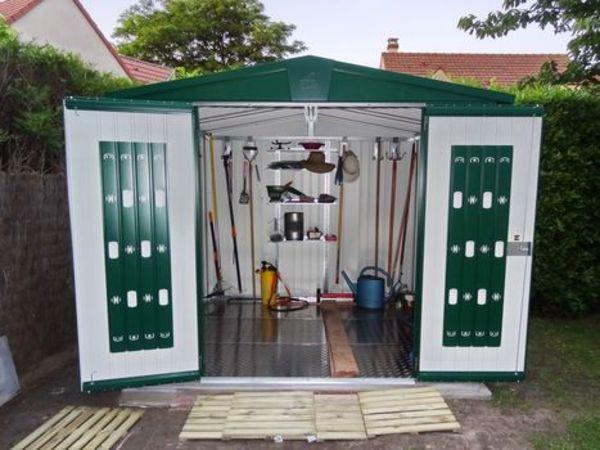 Biohort Metall-Gerätehaus Europa, Gartenhaus dunkelgrün