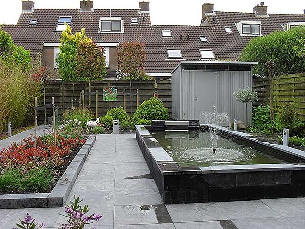 Biohort Gartenhaus aus Metall AvantGarde, Gerätehaus silber im Garten